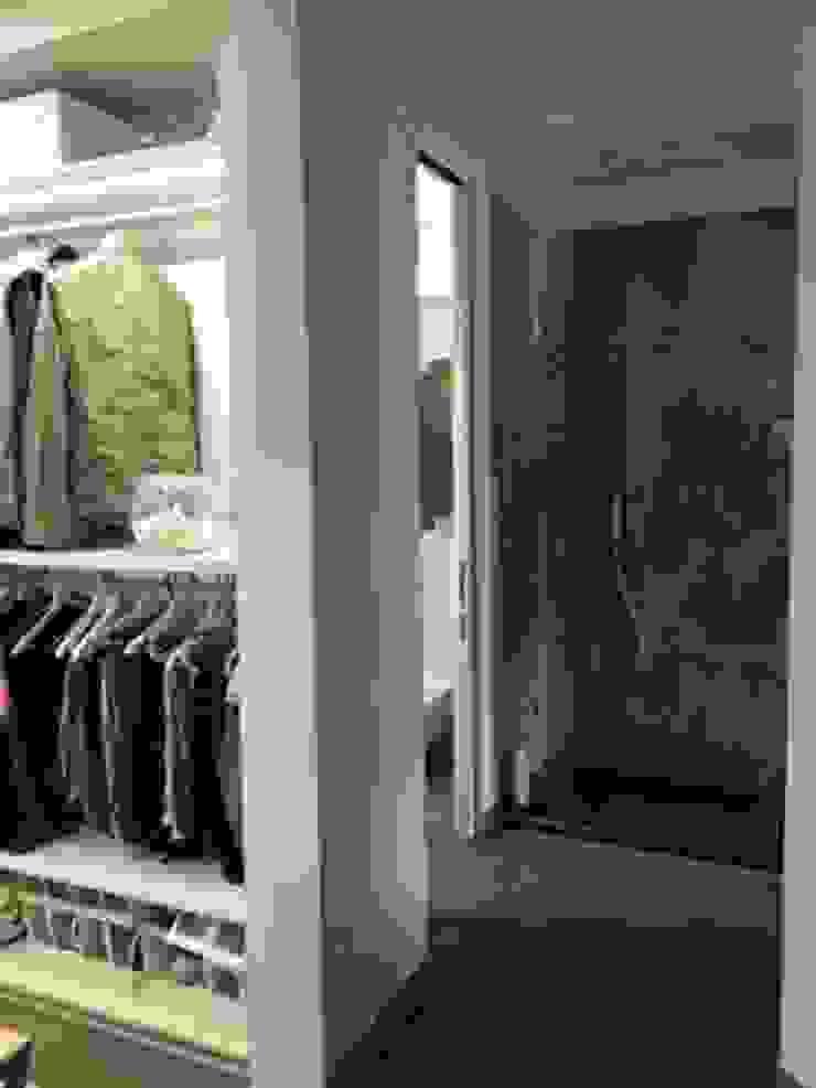 antonio giordano architetto Minimalist dressing room