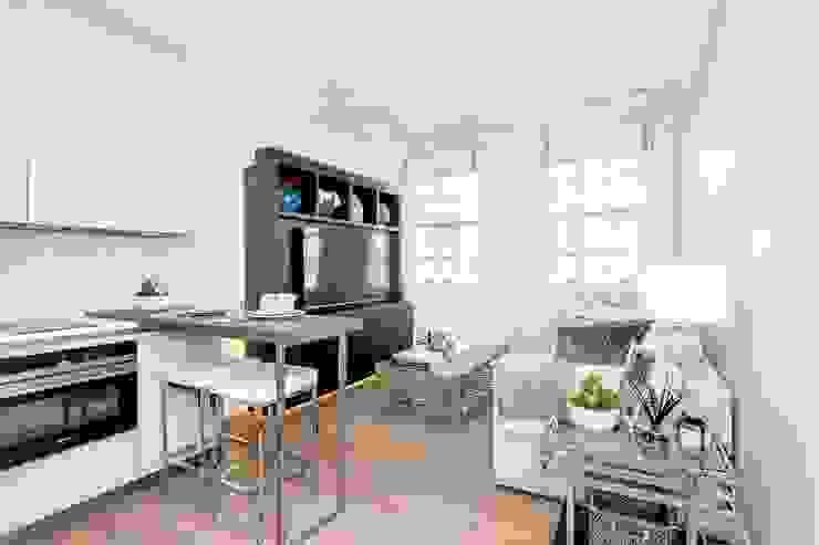 Living Room Modern Living Room by GK Architects Ltd Modern