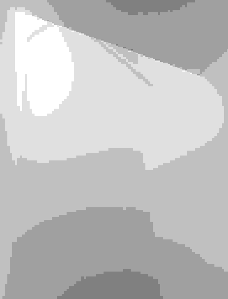 Oakwood Village House - Skylight Solares Architecture Skylights Glass White