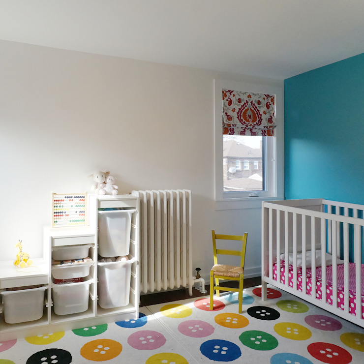 Oakwood Village House - Kid's Room Solares Architecture Baby room Wood Multicolored