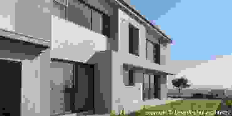 Modern Eastern Facade by Beverley Hui Architects Modern Bricks