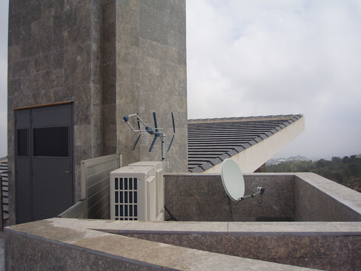 VIVIENDA UNIFAMILIAR EN TORRE GUIL, MURCIA de ARQUITECTO VIVIENDAS UNIFAMILIARES EN MURCIA Moderno