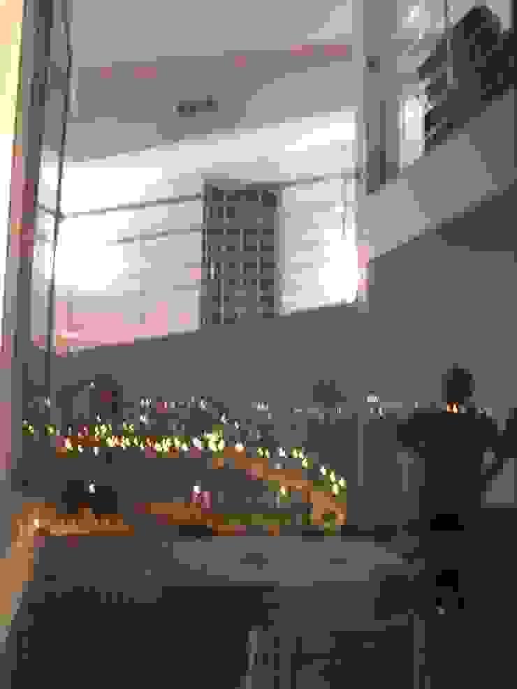 VIVIENDA UNIFAMILIAR EN TORRE GUIL, MURCIA Puertas y ventanas de estilo moderno de ARQUITECTO VIVIENDAS UNIFAMILIARES EN MURCIA Moderno