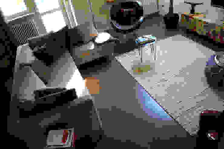 Pavimento in resina - living di Due Punto Zero Moderno