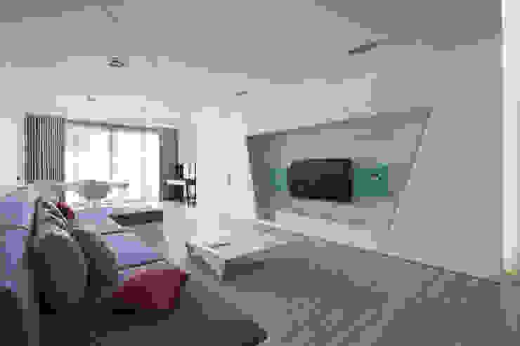 起居間及書房 根據 Nestho studio