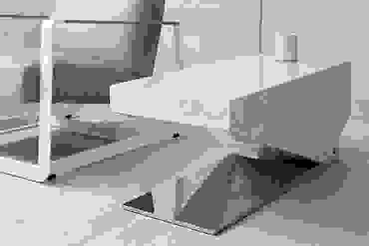 家具設計: 現代  by Nestho studio, 現代風 大理石