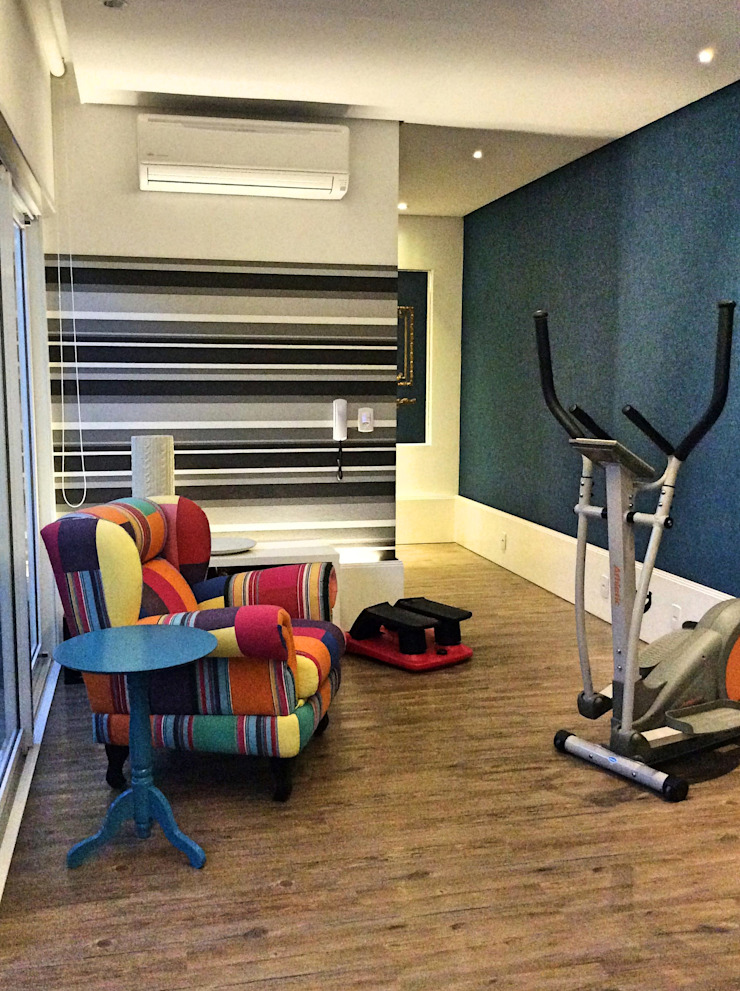 STUDIO AGUIAR E DINIS Modern gym