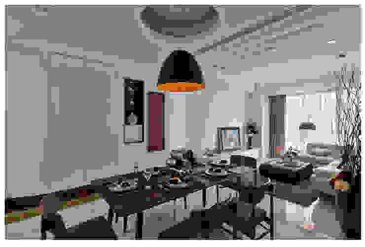 Salones de estilo  de 北歐制作室內設計