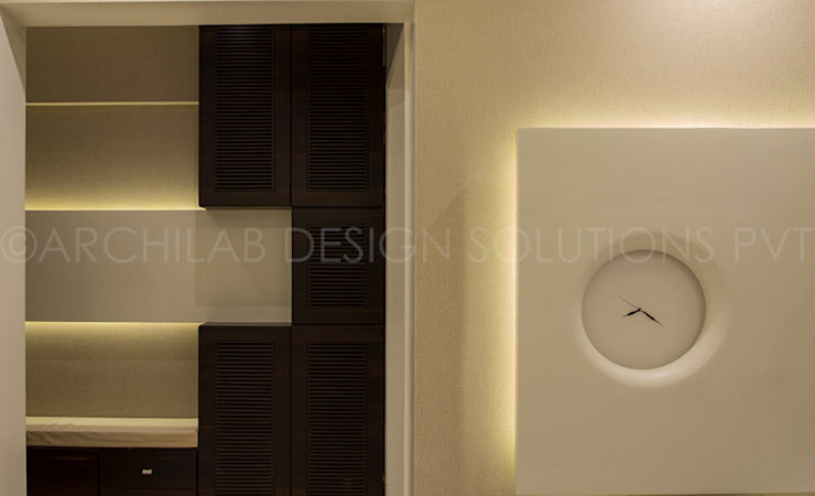 1500 Sft Residence at Rohan Kritika, Sinhagad Road, Pune Minimalist corridor, hallway & stairs by Archilab Design Solutions Pvt.Ltd. Minimalist Wood Wood effect