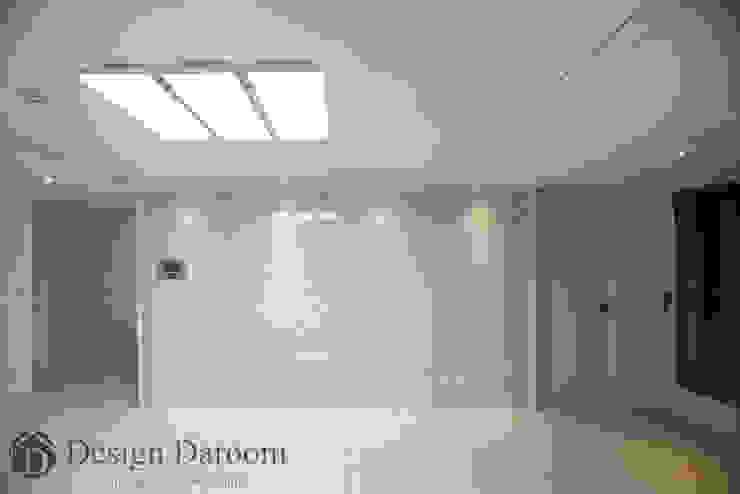 암사동 프라이어팰리스 32평형 아트월 모던스타일 거실 by Design Daroom 디자인다룸 모던