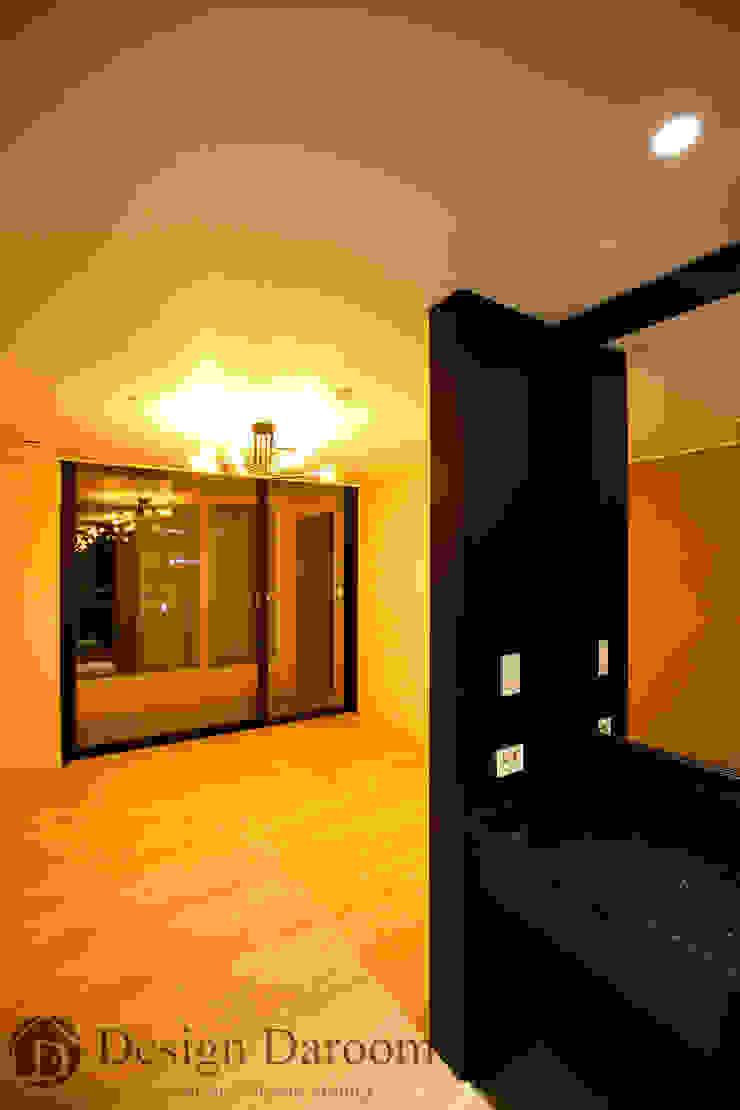 수유 두산위브 아파트 34py 파우더룸 클래식스타일 드레싱 룸 by Design Daroom 디자인다룸 클래식