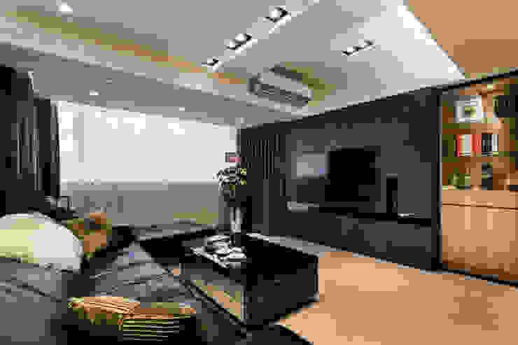 黑白時尚晶亮質感宅 现代客厅設計點子、靈感 & 圖片 根據 好室佳室內設計 現代風