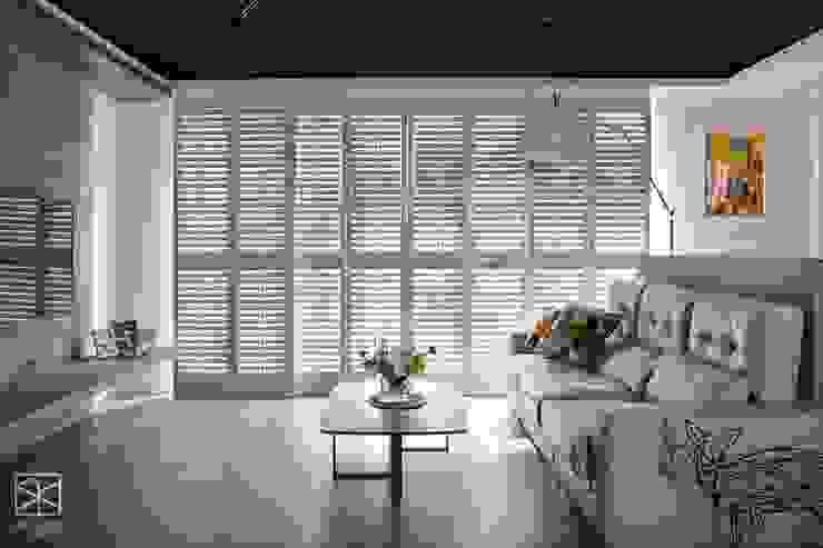 Ventanas de madera de estilo  por 禾廊室內設計,