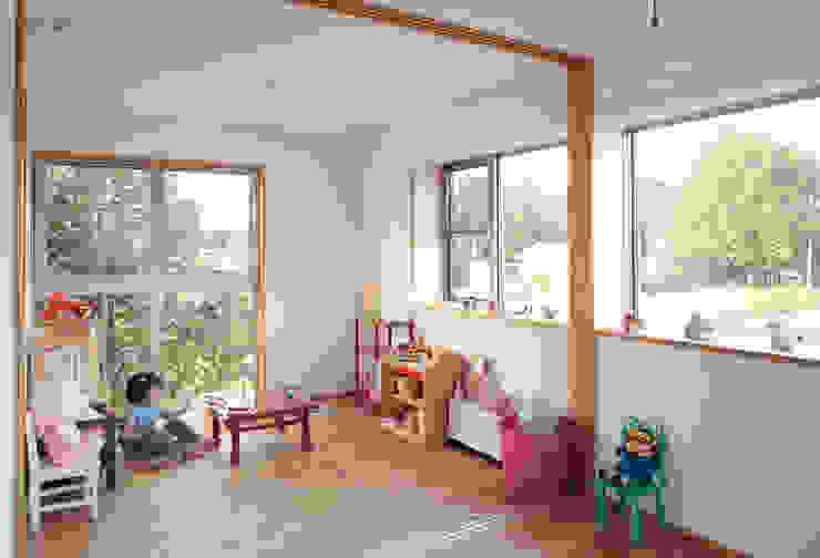 経年変化を楽しむ家: 株式会社 井川建築設計事務所が手掛けた子供部屋です。,