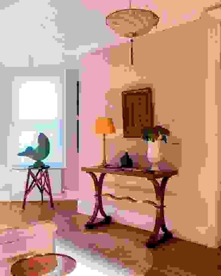 Hall tredup Design.Interiors Corridor, hallway & stairsAccessories & decoration