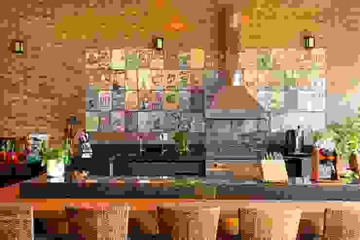 Balcones y terrazas rurales de Célia Orlandi por Ato em Arte Rural