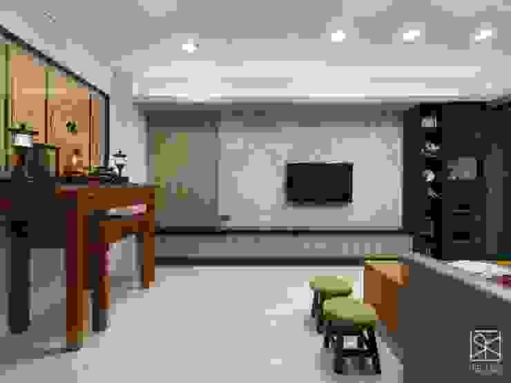 傳統與現代 Eclectic style living room by 禾廊室內設計 Eclectic