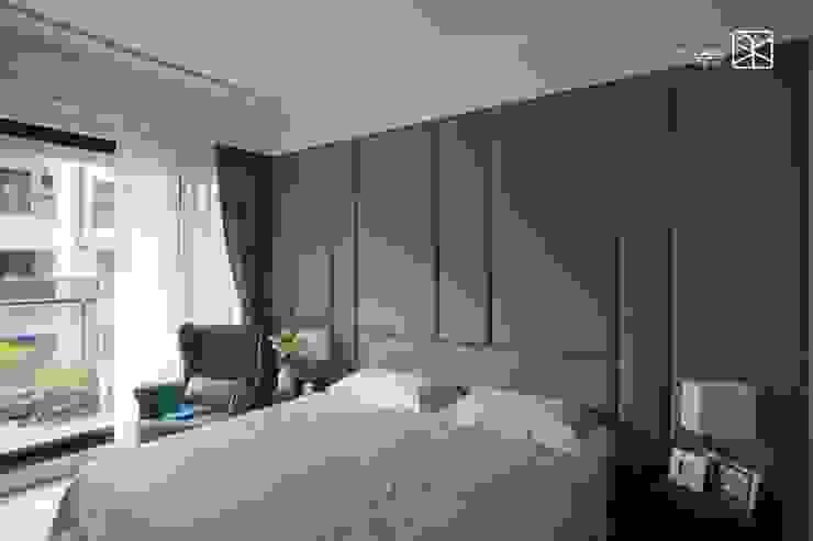Dormitorios de estilo  por 禾廊室內設計,