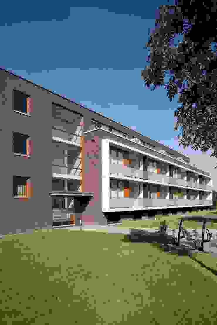 現代房屋設計點子、靈感 & 圖片 根據 Verheij Architecten BNA 現代風