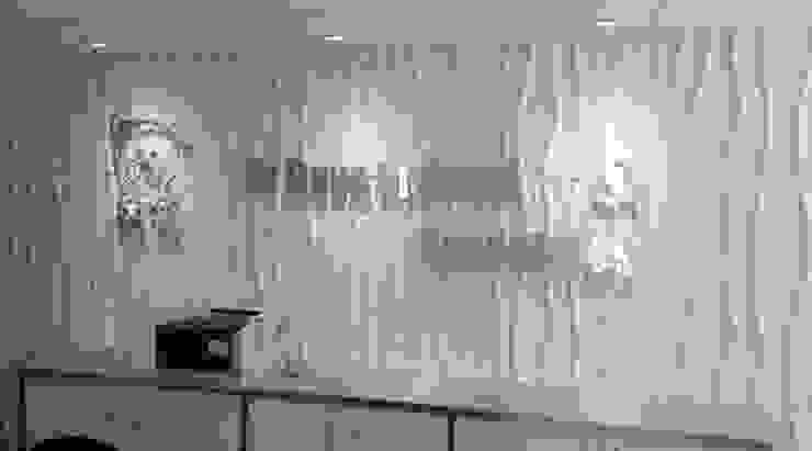 การตกแต่งผนังออฟฟิส สำนักงานด้วยแผ่นผนัง 3d boardโทนสีสบายตาอย่างสีขาว โดย World Excellent Intertrade