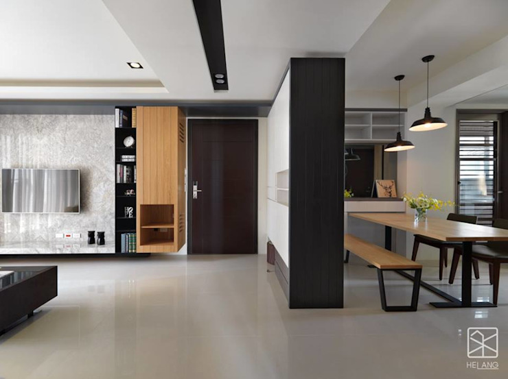 Vestíbulos, pasillos y escaleras de estilo  por 禾廊室內設計