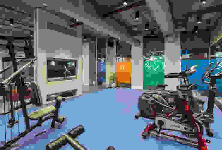 Gym: modern  by Basics Architects,Modern