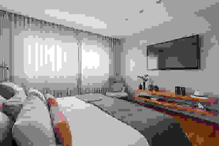 Phòng ngủ phong cách hiện đại bởi DUBAL ARQUITETURA Hiện đại