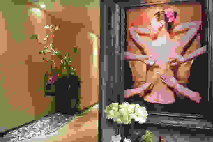 萩野空間設計 Corridor, hallway & stairsAccessories & decoration
