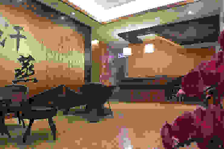 迎賓櫃台 萩野空間設計 Office spaces & stores