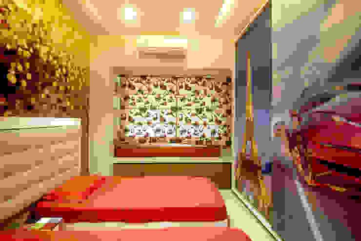Kids Bedroom Modern style bedroom by A Design Studio Modern Silver/Gold