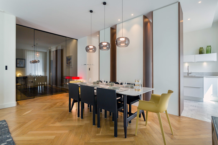 Classic style dining room by Thomas Marquez Photographie Classic