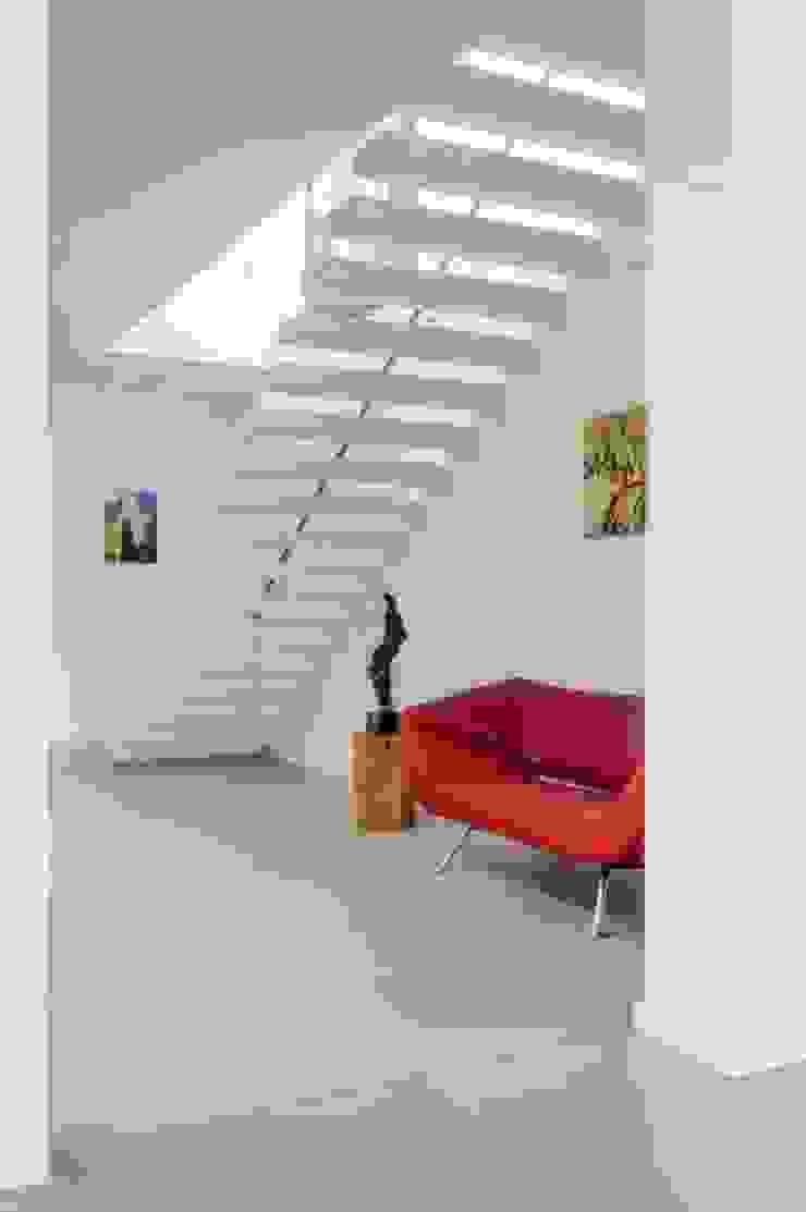 by IDEAL WORK Srl Modern Concrete