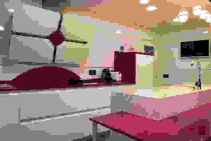 Cocinas de estilo moderno de ESTUDIO MIGUELO Moderno