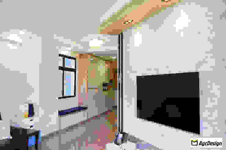 Mandarin Gardens Condo Modern living room by AgcDesign Modern