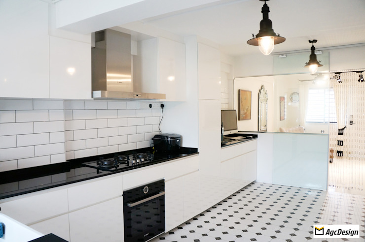 AgcDesign Colonial style kitchen