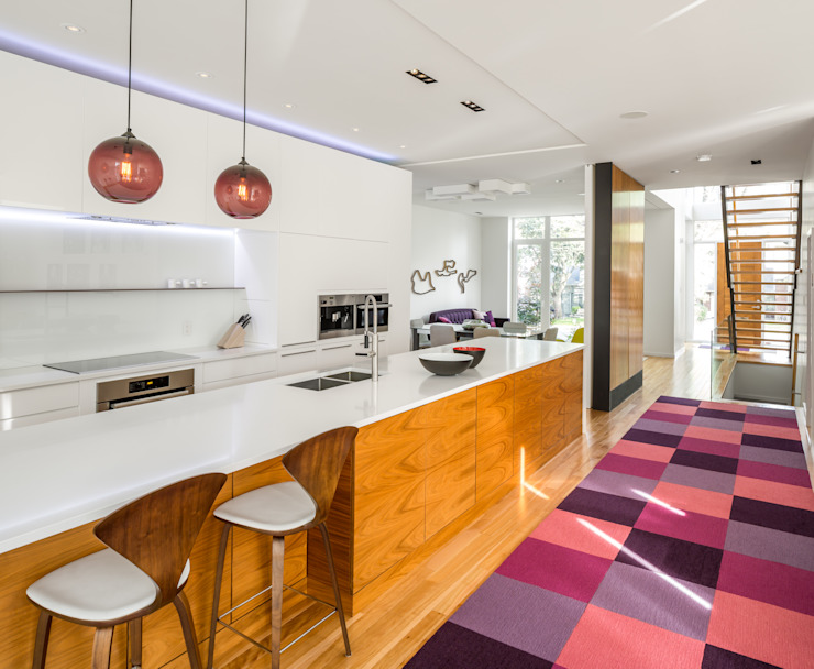 Kitchen by Flynn Architect