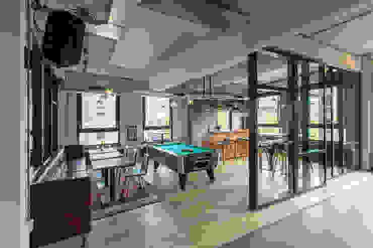 Bedrijfscafé advocatenkantoor Industriële bars & clubs van Yben Interieur en Projectdesign Industrieel