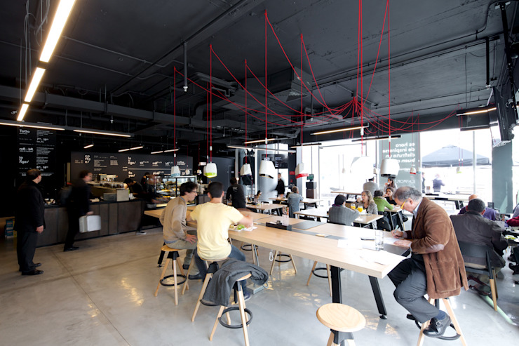 Commercial Spaces by 2712 / asociados