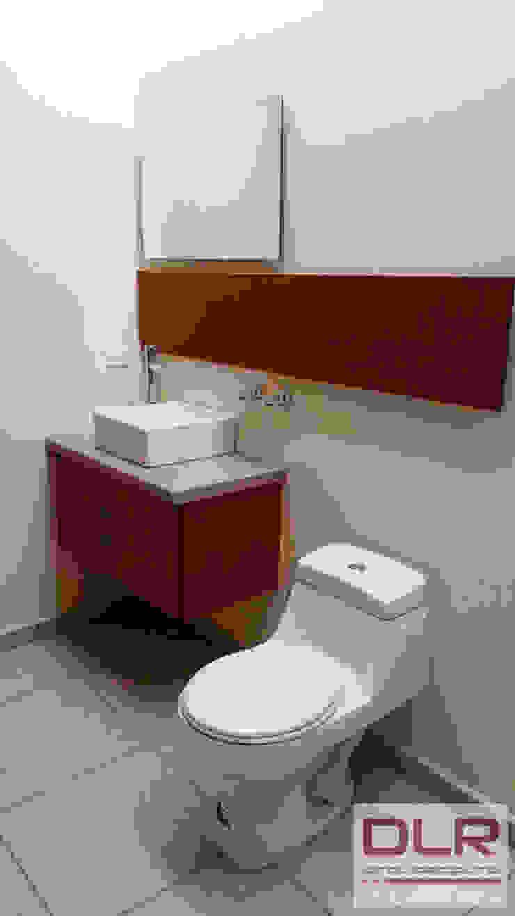 DLR ARQUITECTURA/ DLR DISEÑO EN MADERA ห้องน้ำ เซรามิค Beige