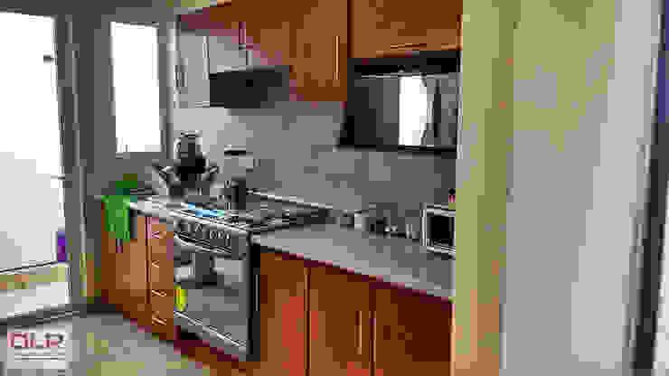 DLR ARQUITECTURA/ DLR DISEÑO EN MADERA 置入式廚房 木頭 Beige