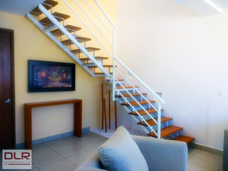 DLR ARQUITECTURA/ DLR DISEÑO EN MADERA Stairs Wood Beige