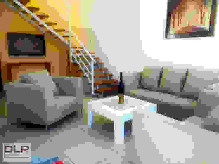 DLR ARQUITECTURA/ DLR DISEÑO EN MADERA ห้องนั่งเล่น เซรามิค Beige
