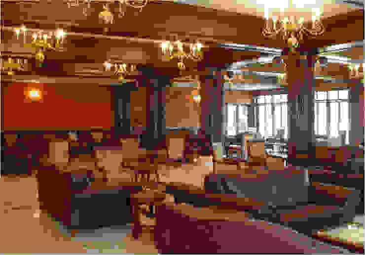 Club Classic bars & clubs by Tribuz Interiors Pvt. Ltd. Classic