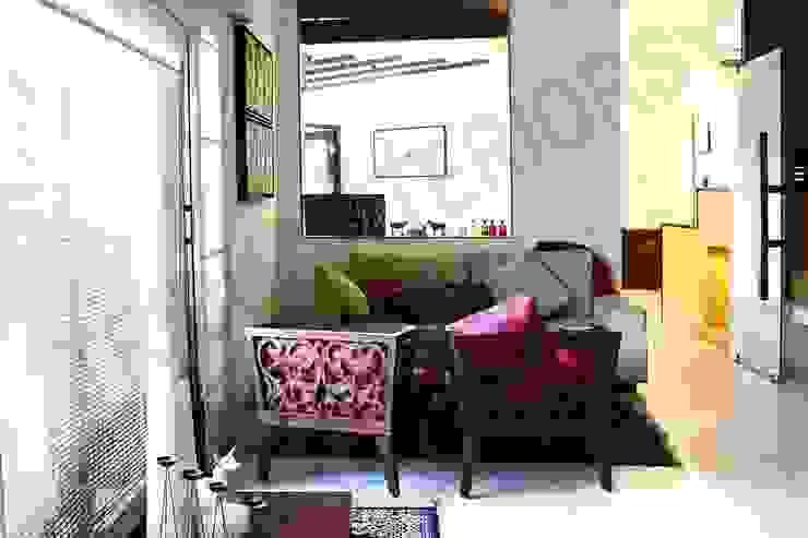 Heritage City 2 Modern living room by Tribuz Interiors Pvt. Ltd. Modern
