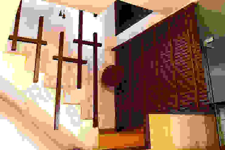 Heritage City 2 Modern corridor, hallway & stairs by Tribuz Interiors Pvt. Ltd. Modern