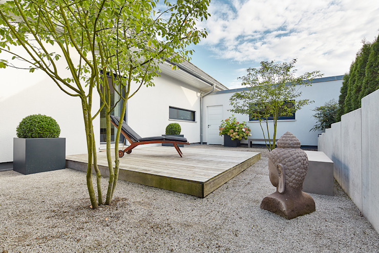 LUXHAUS Kundenhaus 01 von Lopez-Fotodesign Modern