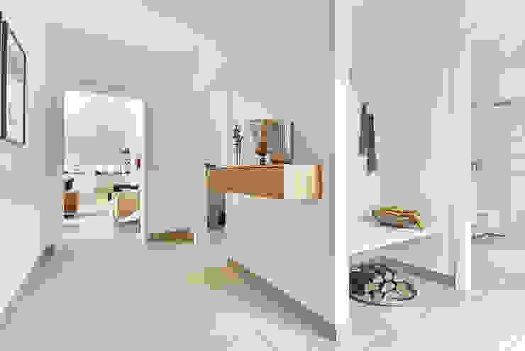 Modern Koridor, Hol & Merdivenler Lopez-Fotodesign Modern