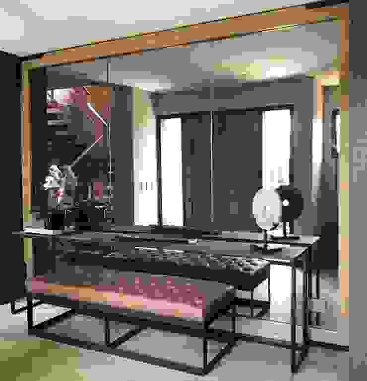 Couloir, entrée, escaliers originaux par Ecologik Éclectique
