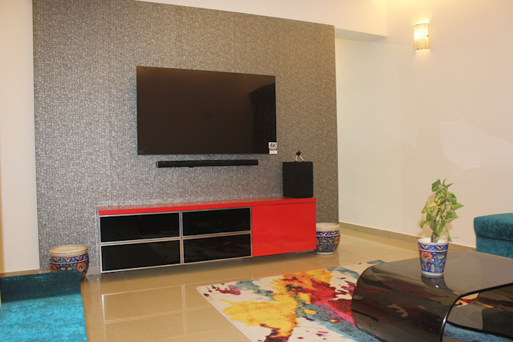 Amanora Park town Modern living room by AreaPlanz Design Modern