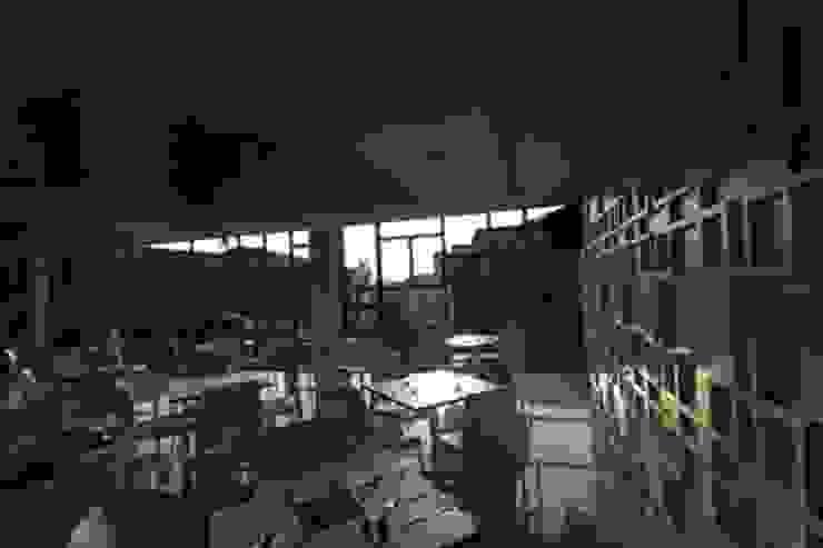 Aswin Inn Hotel Modern Oleh sony architect studio Modern